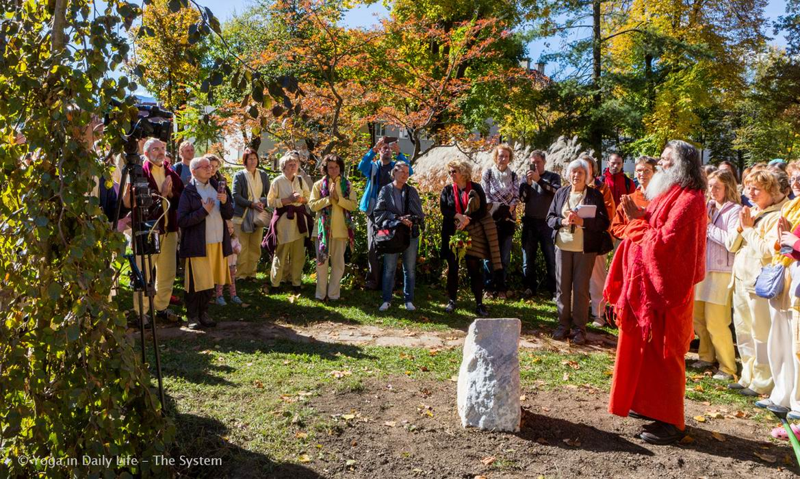 Peace tree in Villach 07 10 2017 4